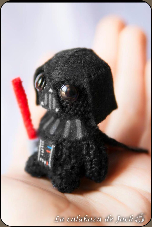 Crochet PATTERN for Darth Vader amigurumi doll - EN+FR | Star wars ... | 1530x1024