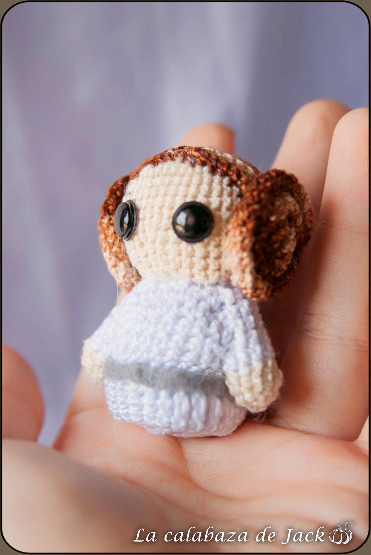 Princess Leia - Crochet Pattern by {Amour Fou}   Star wars crochet ...   1530x1024