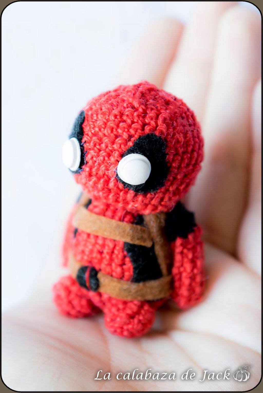Amigurumi Handmade Chibi Deadpool: Amazon.co.uk: Handmade | 1530x1024
