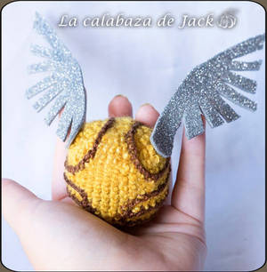 Crochet Snitch (Harry Potter)