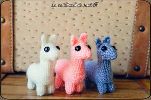 Llama amigurumi by cristell15