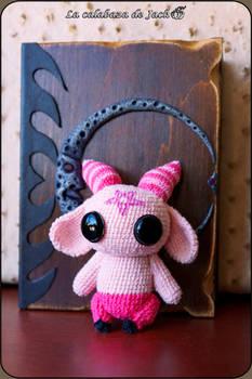 Pink demon Amigurumi