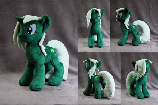 Emerald Hues plushie