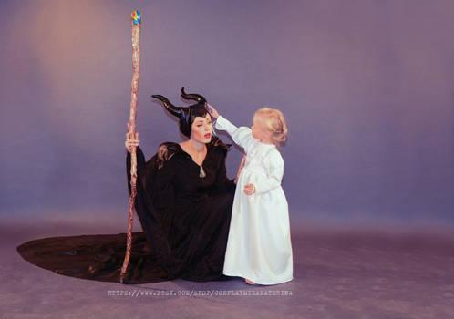 cosplay Aurora and Maleficent