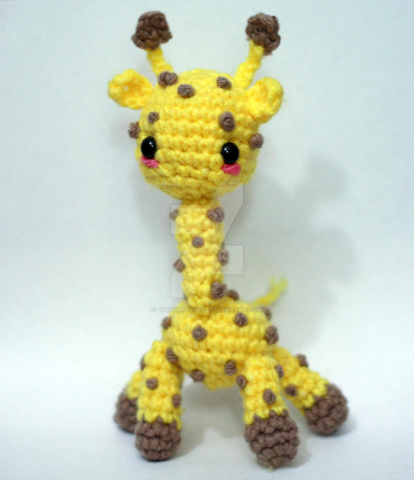 it's a giraffe 02 by tinyowlknits