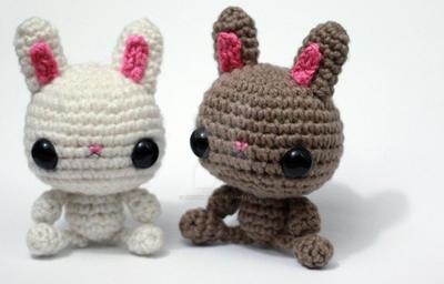 Bunnies by tinyowlknits