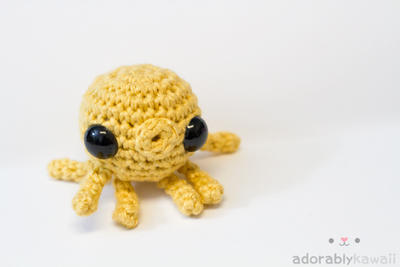 Yellow Octopus by tinyowlknits