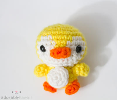 yellow penguin by tinyowlknits