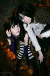 Vampire Kisses Raven + Alexand