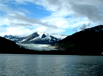 Water, Mountains, Sky. by leoleo586