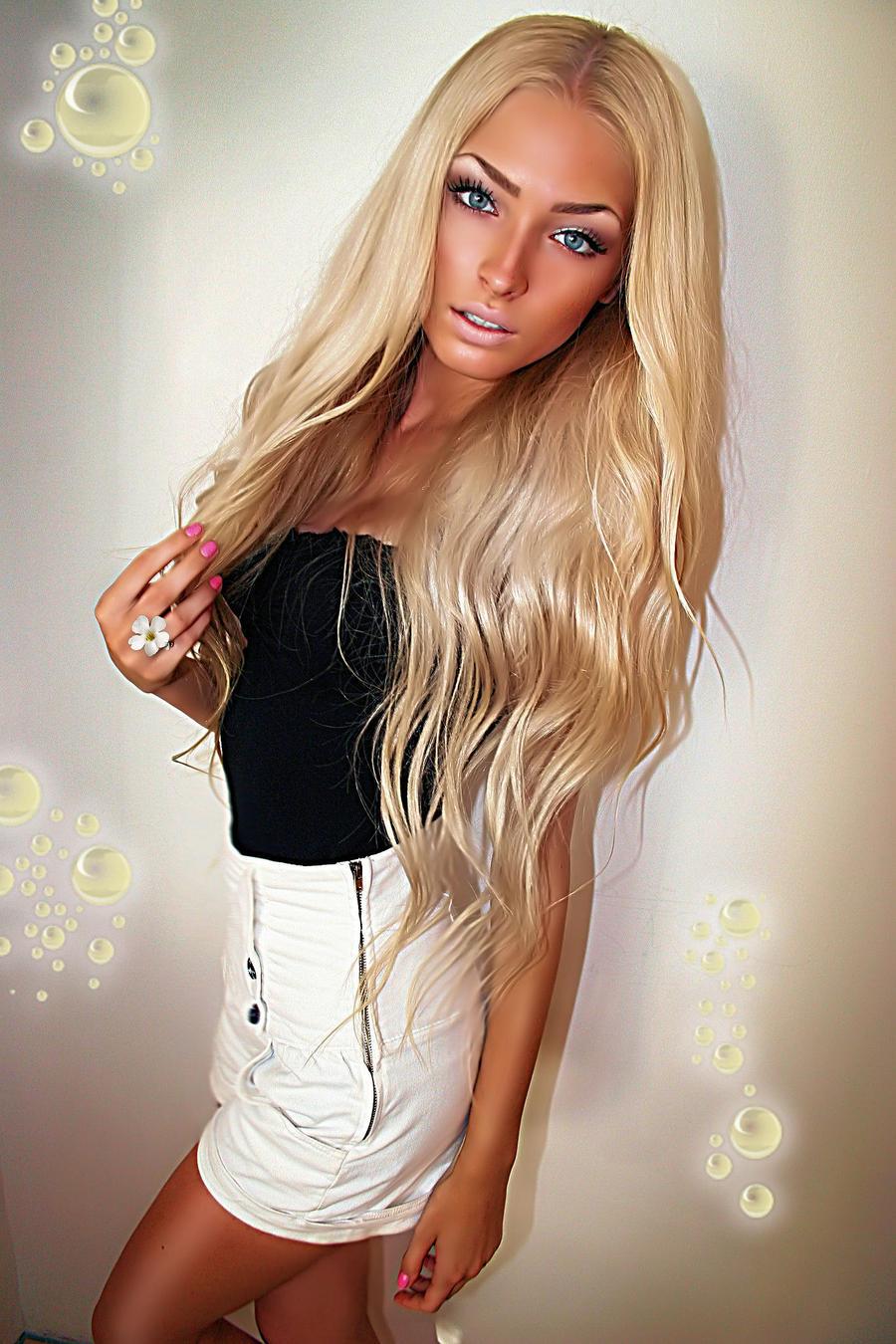 Фото юли блондинки 21 фотография