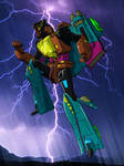 Transformers Geneation 1-and-2 Skyquake