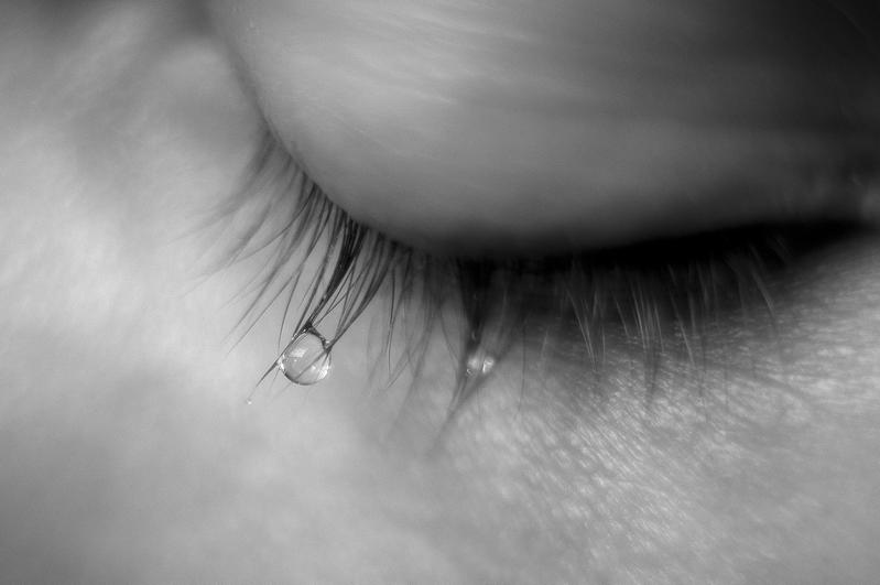 Unshed tears by DaRaPhotos