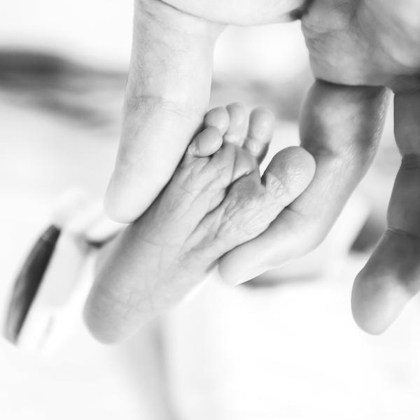 Little toes by DaniRDA