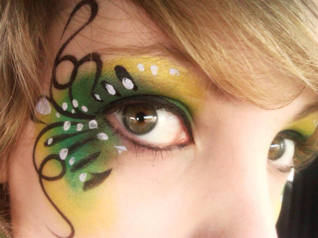 Eyes that tell... by crimsonzettaIV on DeviantArt