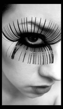 Clockwork eyelash