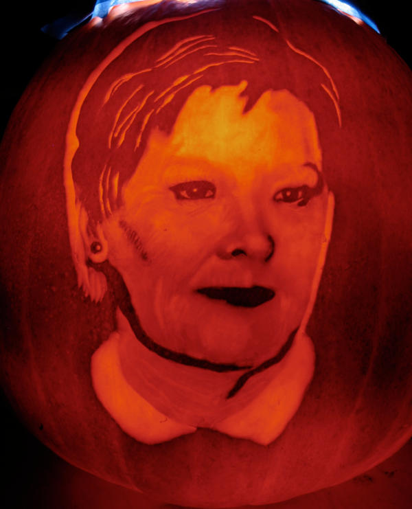 Judi Dench Pumpkin by AlfredParedes