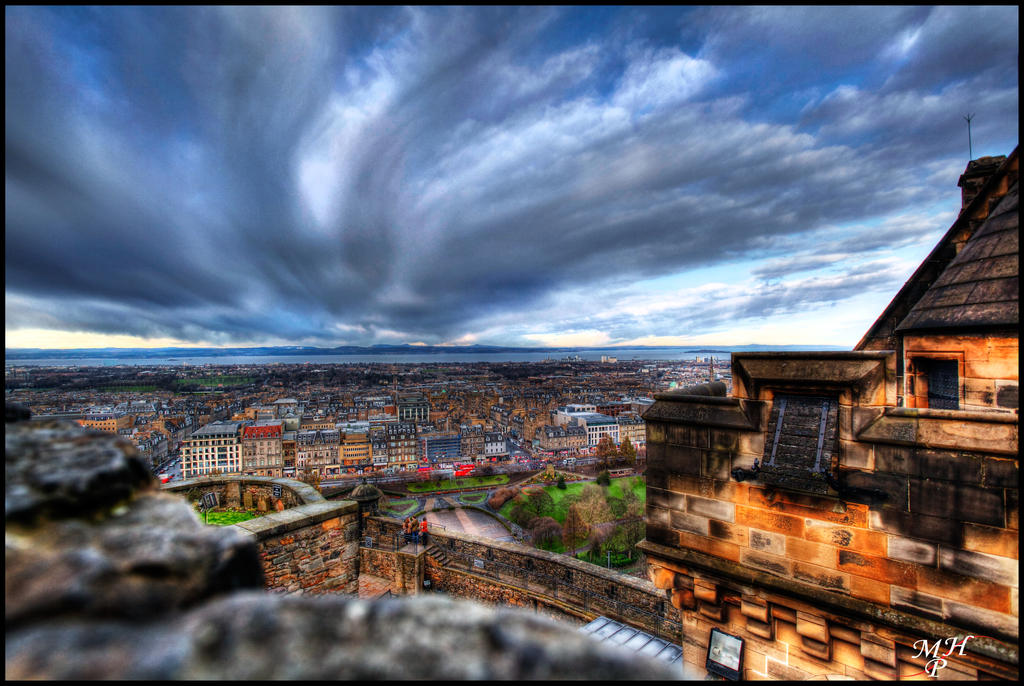 Edinburgh by MarkHumphreys