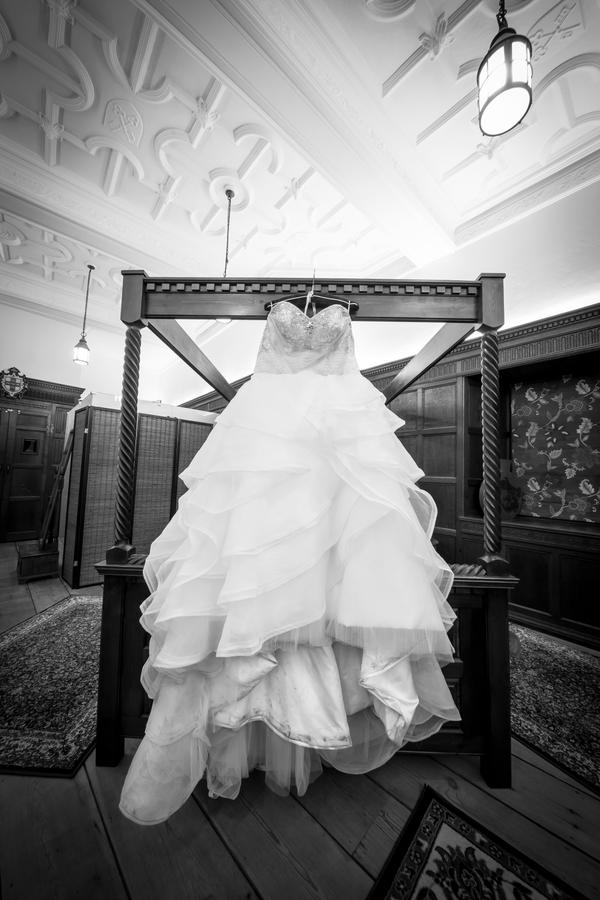 The Dress by MarkHumphreys
