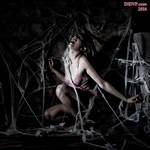 Sateen Dubois Caught in the Spider's Web 9825