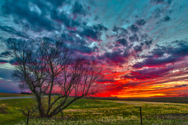 Easter Sunset HDR - I by Dimentichisi