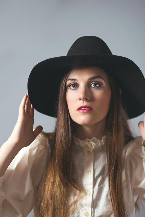 Portrait of Elizabeth by Scottmettsphoto