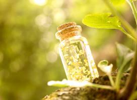 Bottle of sunshine by GloomySisterhood