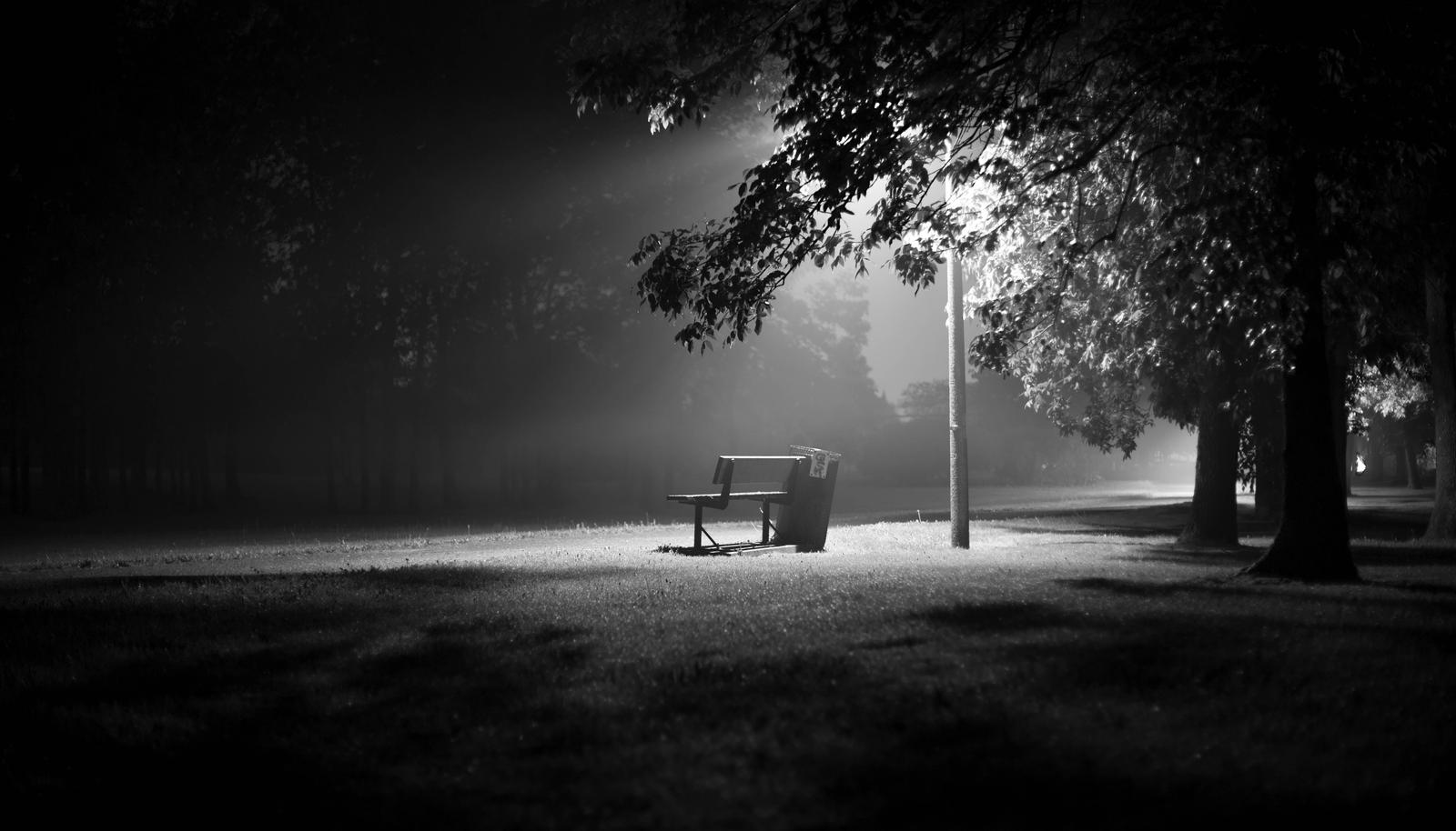 Le Bench In Black And White By Kaldend On Deviantart