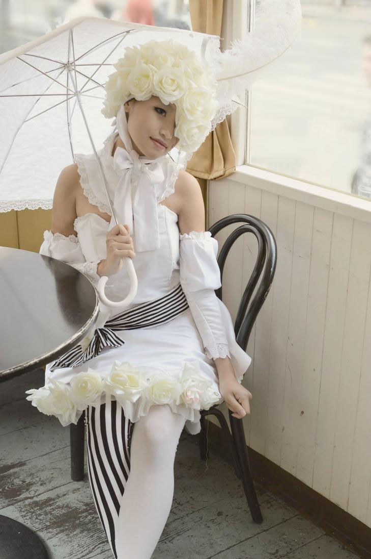 The rose princess by Arinoa