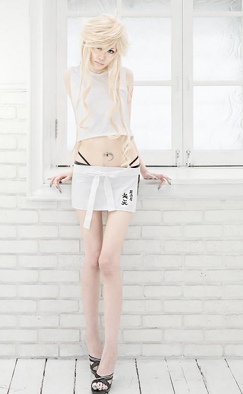 thigh_gap_by_umibe-d6qfr0l.jpg
