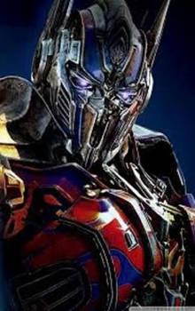 Optimus Prime (purple eyes)