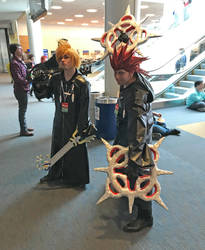 Duel keys and dual blades (PAX East 2019) by JackitK