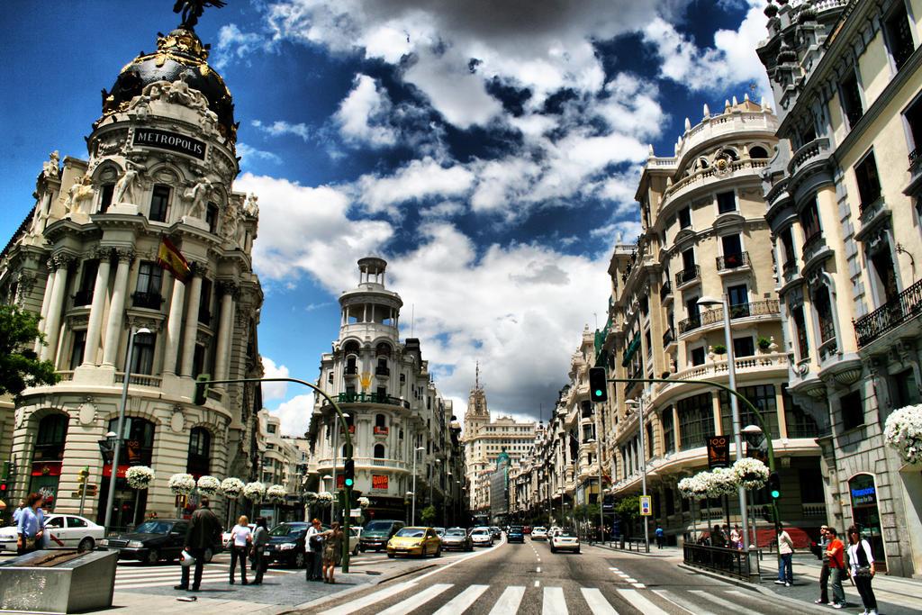 Madrid Metropolis by Yoquini