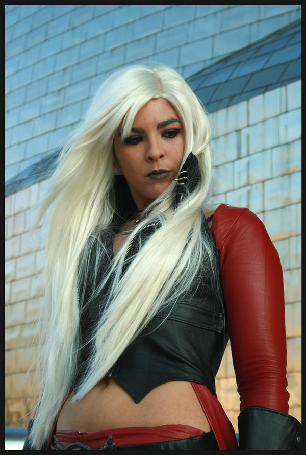 Female Dante in Guggenheim by Core-Ray