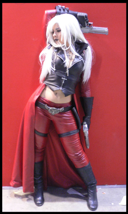 dante cosplay female version by Core-Ray