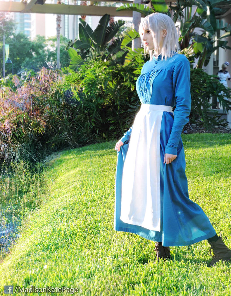 Sophie Howl's Moving Castle Cosplay by AlysonTabbitha on ...