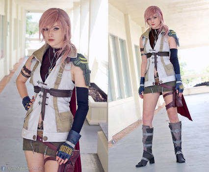 Lightning Final Fantasy XIII Cosplay