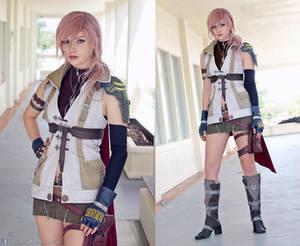Lightning Final Fantasy XIII Cosplay