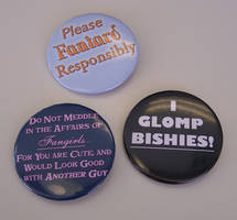 'Fangirls' Quote-y Button Set by Jianre-M