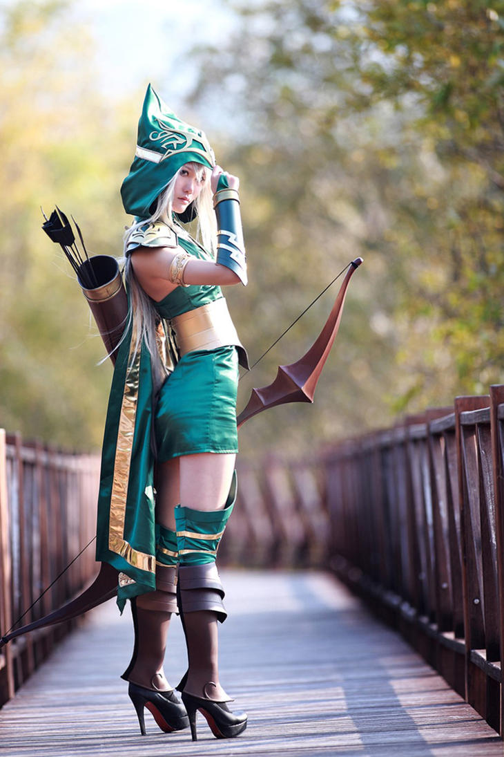 League of Legends - Ashe by RIN-AlleyCat