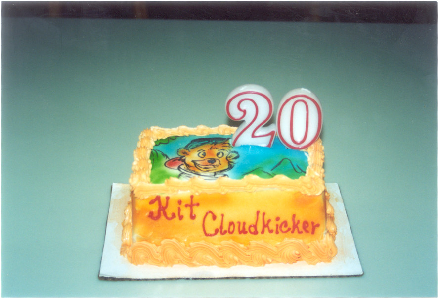 Kit Cloudkicker birthday cake2 by chrisno51