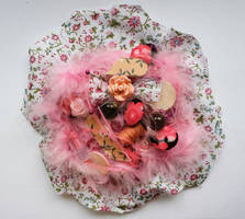 Pink flower brooch by RibbonsandClay