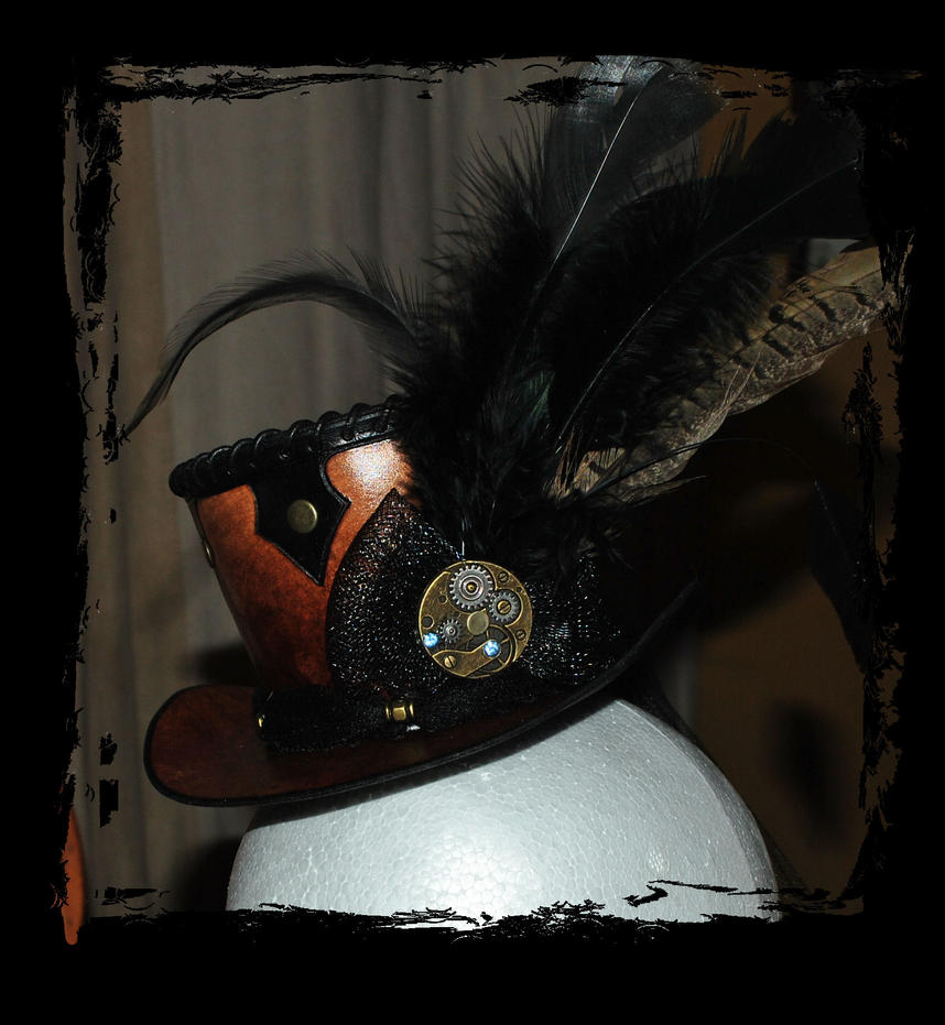 steampunk leather top hat close up by Lagueuse