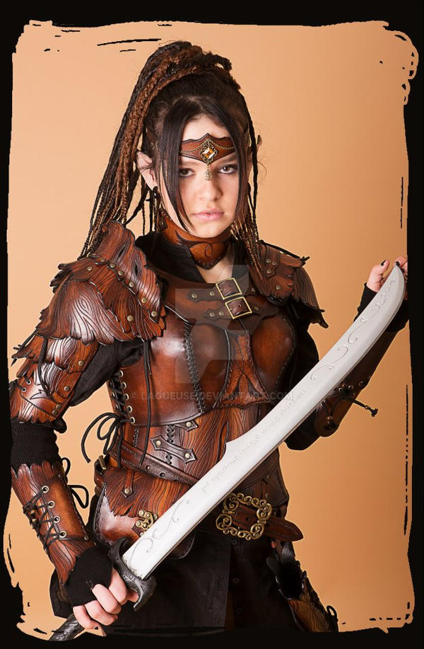 http://img08.deviantart.net/f2e7/i/2015/109/1/3/wood_elf_leather_armor_by_lagueuse-d6xwa69.jpg