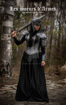women leather armor