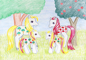 Apple Delight Family by NormaLeeInsane