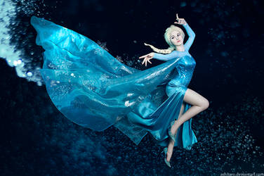 Queen Elsa by KikoLondon