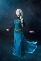Frozen Elsa cosplay by KikoLondon