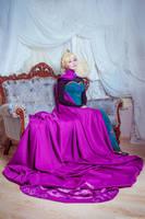Frozen - Queen Elsa by KikoLondon