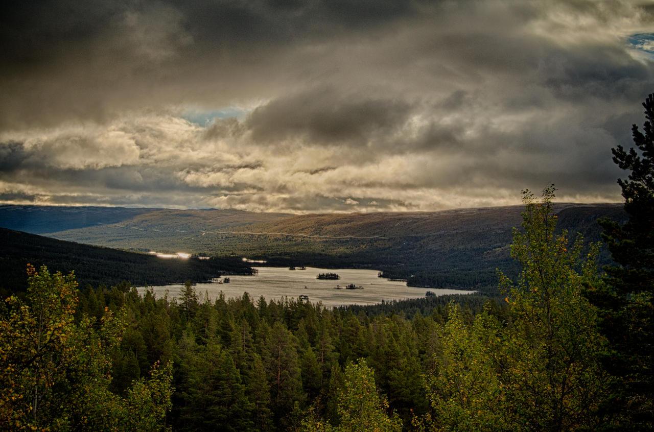 Skurdalsfjorden HDR by scwl